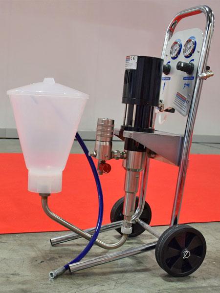 Pompa da iniezione pneumatica